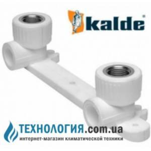 """Настенный комплект Kalde для смесителей с внутренней резьбой 20x1/2"""", цвет белый"""