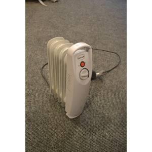 Масляный мини радиатор Silent night 4 секции мощность 0,5 кВт белого цвета