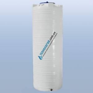 Емкость узкая вертикальная на 1000 литров однослойная Euro Plast