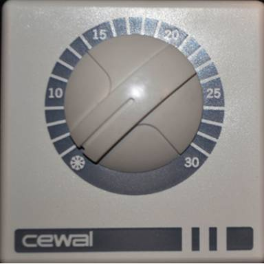 Термостат аналоговый Cewal для систем отопления и охлаждения