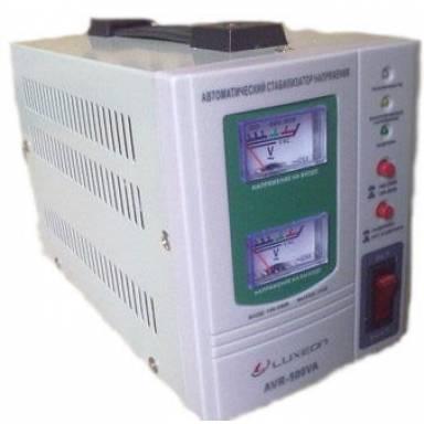 Luxeon AVR-500 cтабилизатор напряжения мощность 350Вт, 140-260V Установка задержки на включение  5-7 секунд