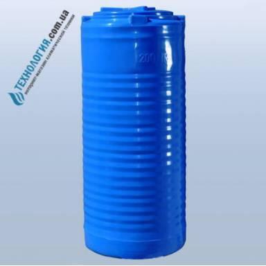 Емкость объемом 200 литров двухслойная в вертикальном исполнении