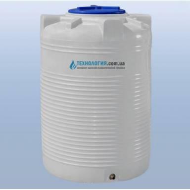 Емкость объемом 750 литров однослойная в вертикальном исполнении