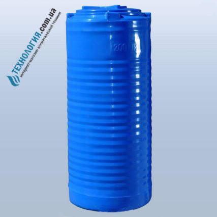 emkost-200-litrov-vertikalnaya-dvuhslojnaya