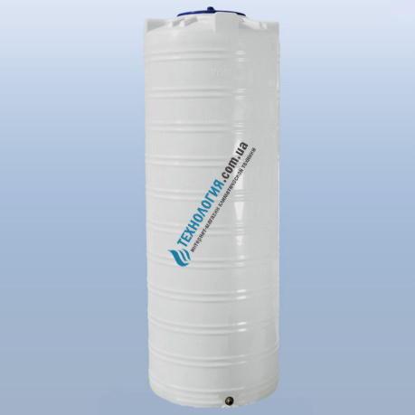 emkost-uzkaya-1000-litrov-vertikalnaya-odnoslojnaya
